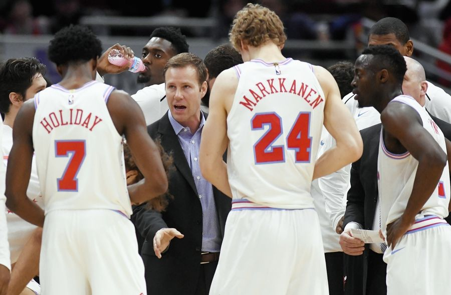 With the Bulls in rebuilding mode, the debate about whether the team is better off losing figures to continue through the end of the season. Coach Fred Hoiberg addressed the topic on Tuesday.