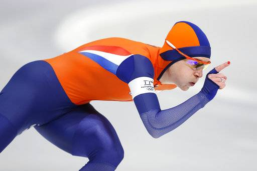 Ireen Wust of Netherlands competes during the women's 1,000 meters speedskating race at the Gangneung Oval at the 2018 Winter Olympics in Gangneung, South Korea, Wednesday, Feb. 14, 2018.