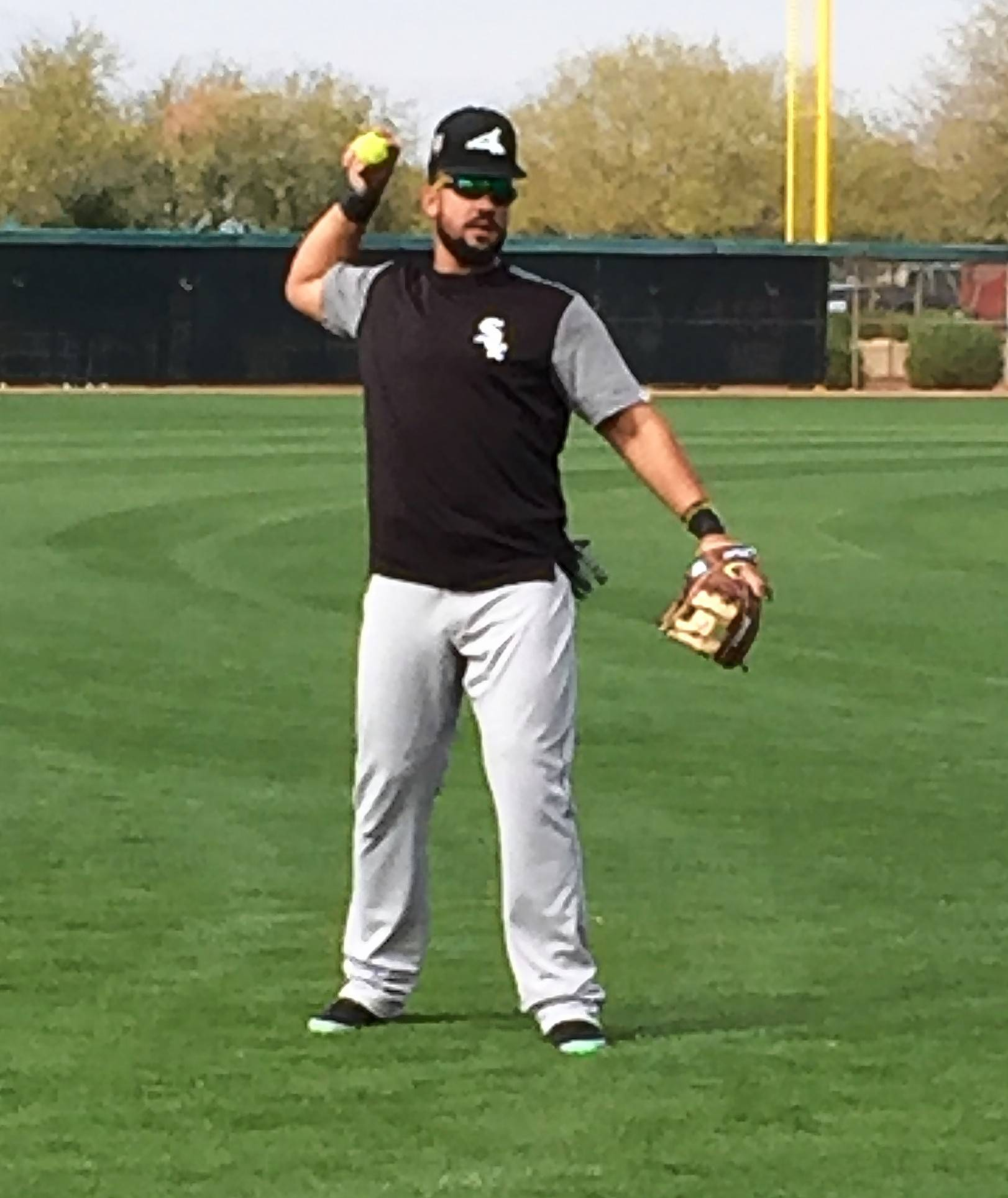 White Sox first baseman Jose Abreu gets in some work Sunday at Camelback Ranch in Glendale, Ariz.