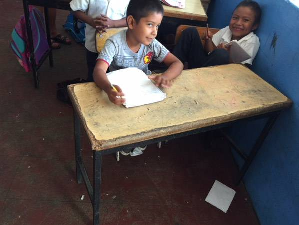 Every year at spring break, Oak Grove District 68 Superintendent Lonny Lemon has brought pencils collected through the year to a poor school in Puerto Vallarta, Mexico, but this year he is upping the ante and wants to replace 400 desks at the school.