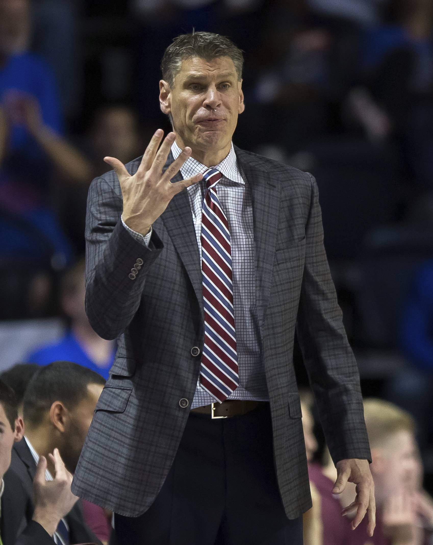 Loyola coach Porter Moser and the Ramblers travel to Southern Illinois on Wednesday night for a key Missouri Valley Conference game. (AP Photo/Ron Irby)