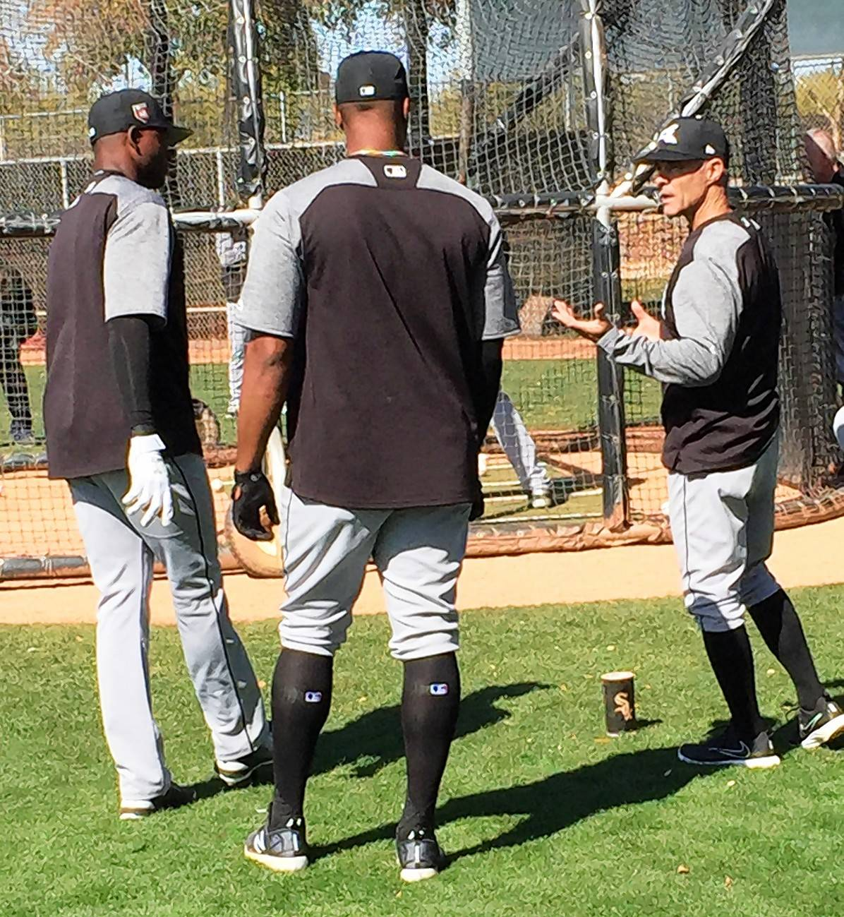 Mike Gellinger, right, with Eloy Jimenez, center, and Luis Robert, two of the top prospects in the White Sox farm system.