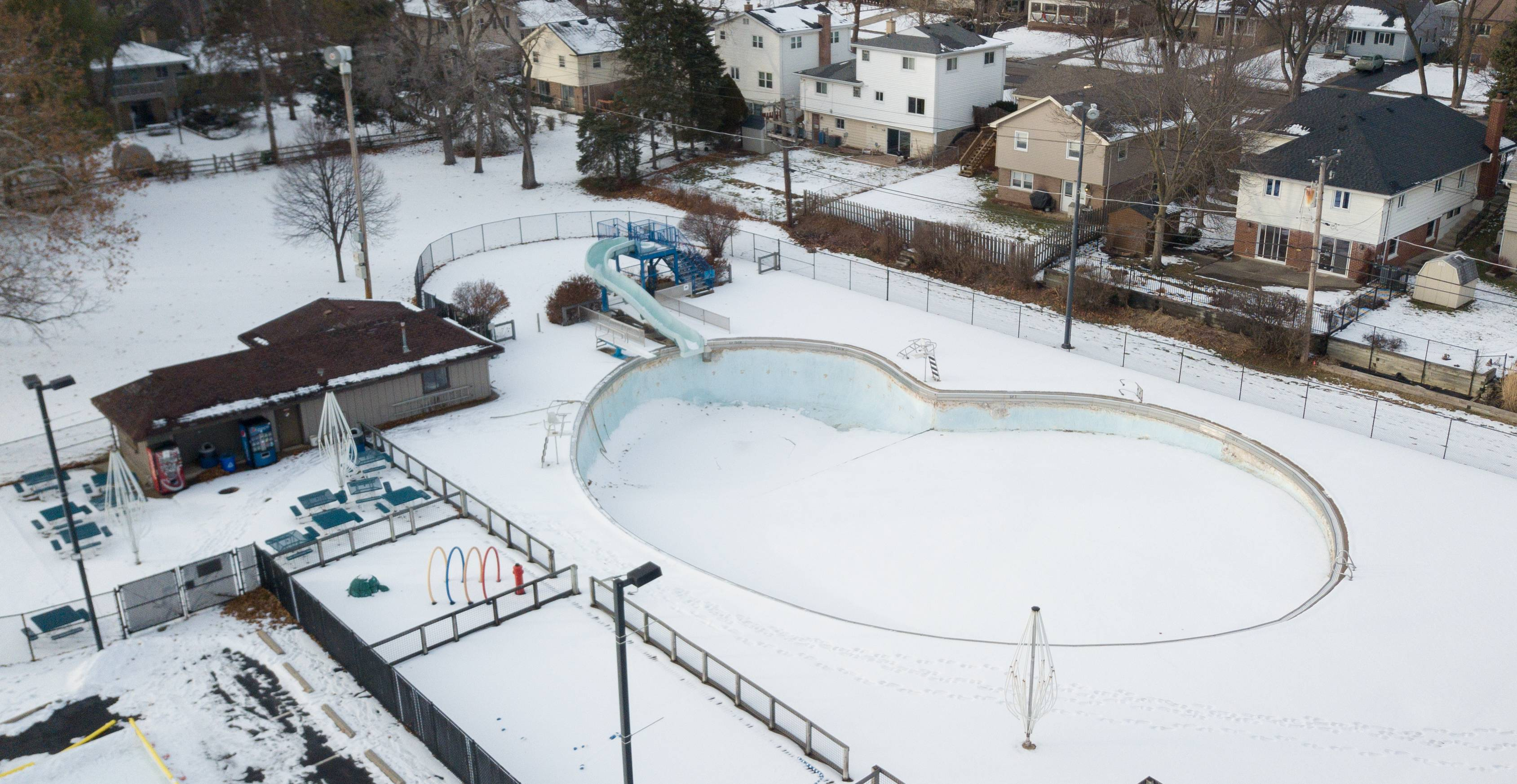 Villa Park challenges residents to find funds to fix pool