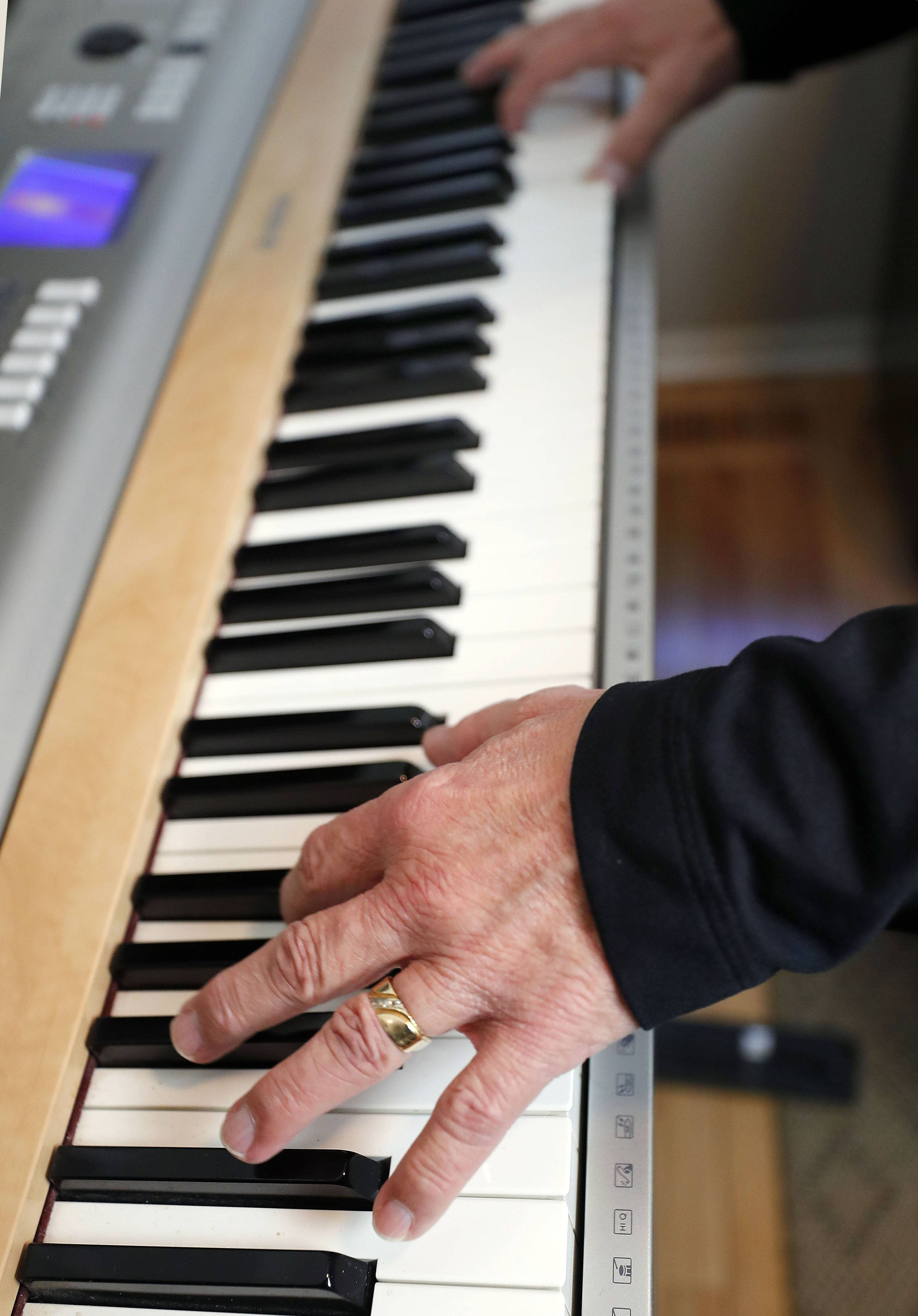 A piano player has to be flexible and learn how to get along with people, says Wayne Richards of Streamwood, who celebrates his 50th anniversary in show business with a concert Sunday night in Skokie.