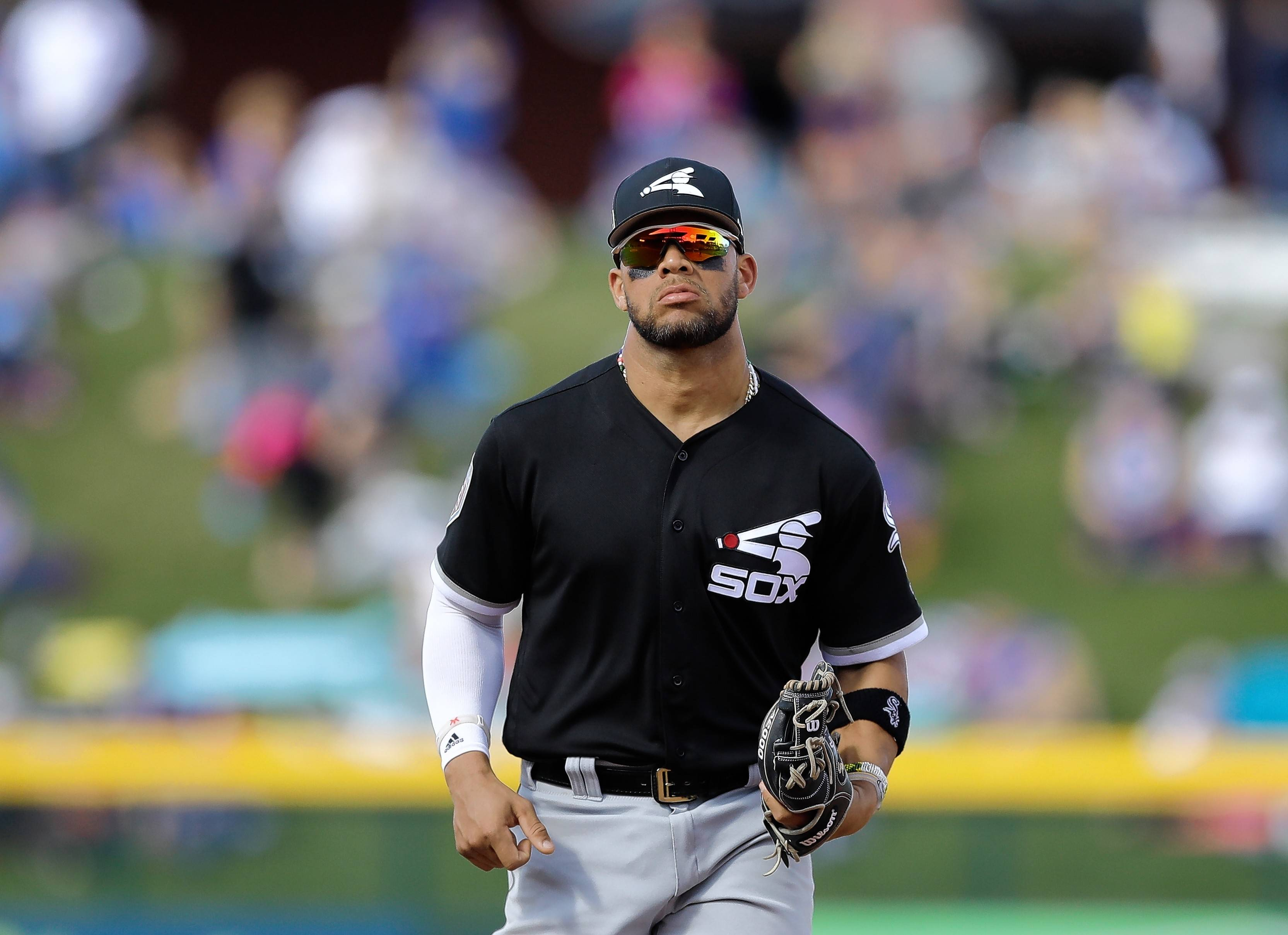 Chicago White Sox second baseman Yoan Moncada runs to the dugout during a spring training baseball game against the Chicago Cubs, Tuesday, Feb. 27, 2018, in Mesa, Ariz.