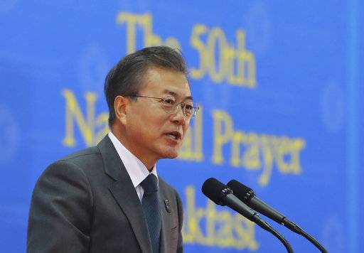 "DELETED DISRELATED TRANSLATION - South Korean President Moon Jae-in speaks during the Korea National Prayer Breakfast in Goyang, South Korea, Thursday, March 8, 2018. Moon said that many ""critical moments"" still lie ahead to end the nuclear crisis despite North Korea's recent outreach to Seoul and Washington. (Hwang Kwang-mo/Yonhap via AP)"