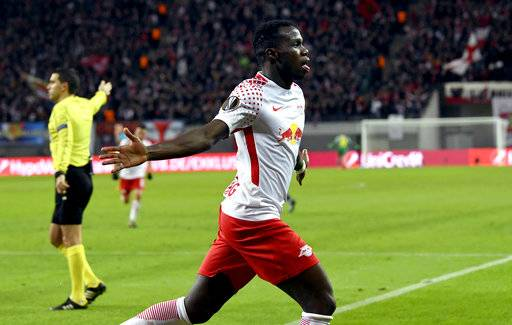 Leipzig's Bruma celebrates after scoring the opening goal during the Europa League round of sixteen first leg soccer match between RB Leipzig and FC Zenit St. Petersburg in Leipzig, Germany, Thursday, March 8, 2018.