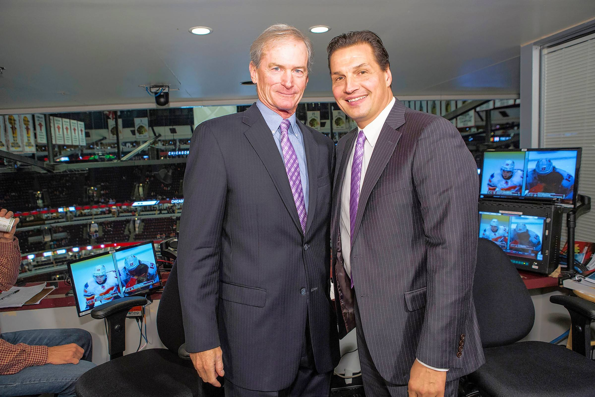After cancer battle, Blackhawks' Pat Foley and Eddie Olczyk bond grows even stronger