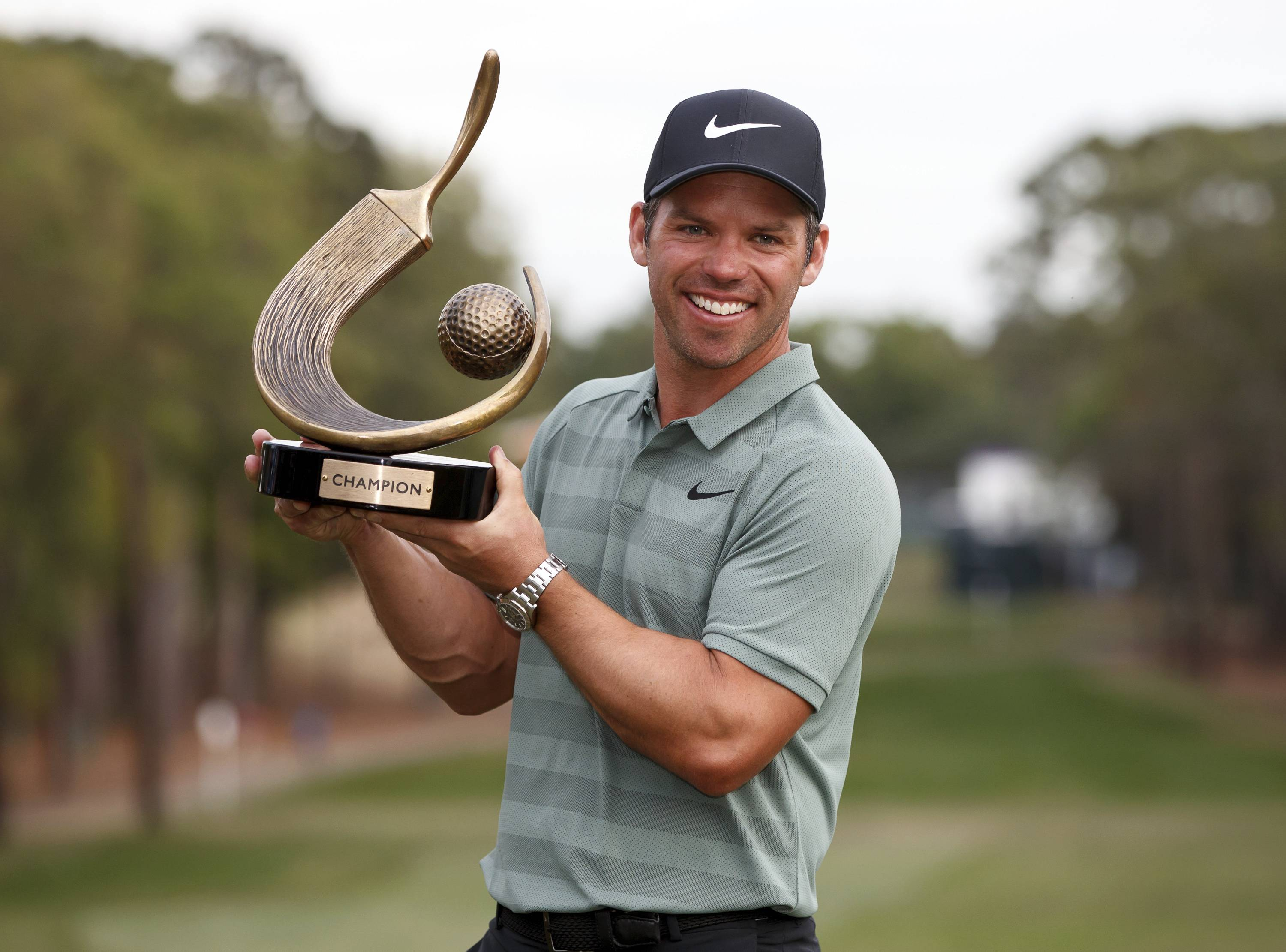 Paul Casey with Valspar trophy