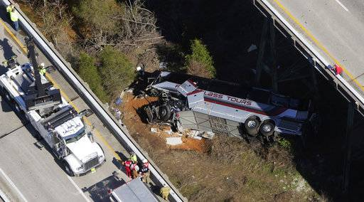 Driver killed, Texas students hurt in Disney trip bus plunge