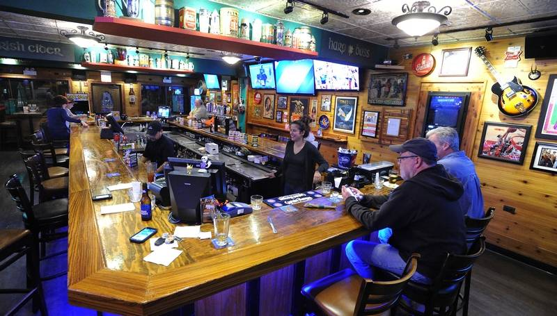 Suburban bars tip their hats to St. Patrick's Day this weekend