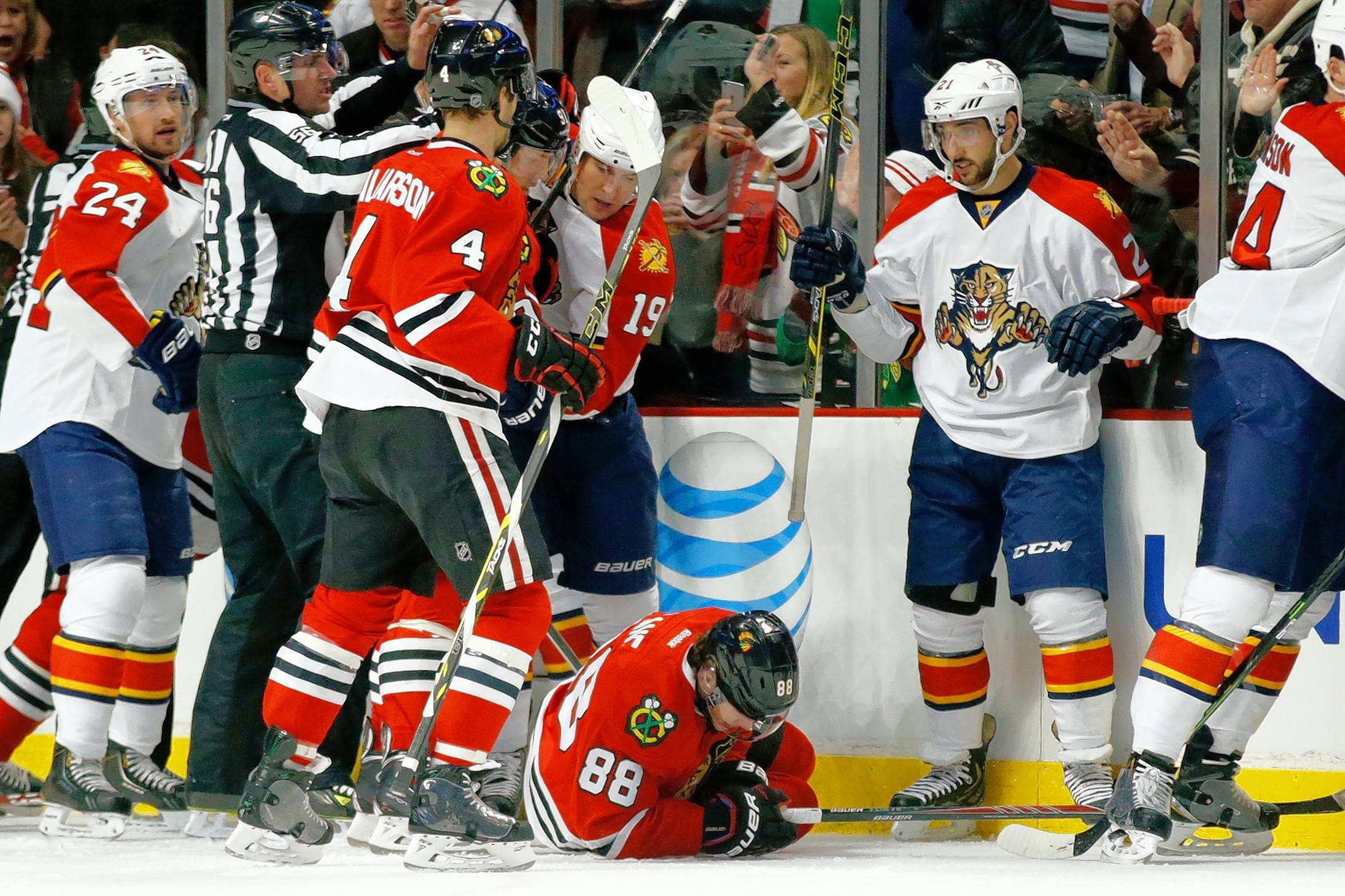 Chicago Blackhawks right wing Patrick Kane (88) suffered a broken left clavicle in a game against the Florida Panthers three years ago. That day was also the last time he broke with his warmup tradition of being the last Hawks player on the ice.