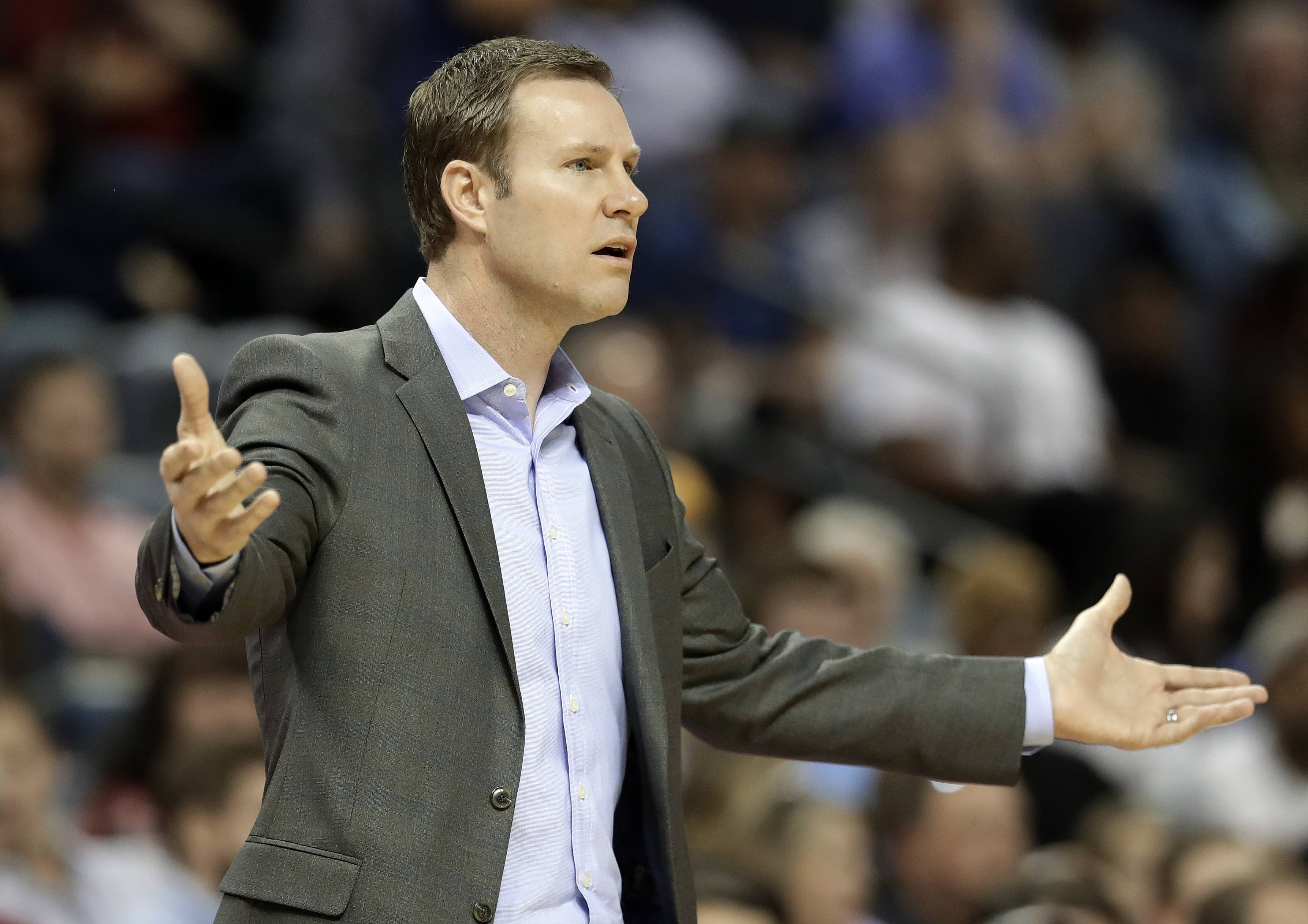 Chicago Bulls head coach Fred Hoiberg reacts to a call in the first half of an NBA basketball game against the Memphis Grizzlies, Thursday, March 15, 2018, in Memphis, Tenn. (AP Photo/Mark Humphrey)