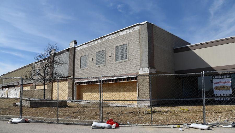 Work on the Fresh Thyme Farmers Market on Randall Road in Geneva has stalled.