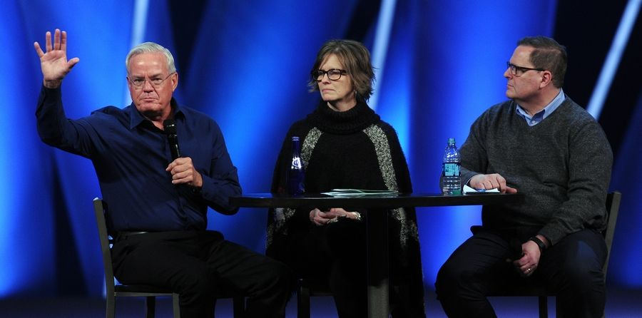 Willow Creek's Hybels: 'I respect women  I have never been unfaithful'