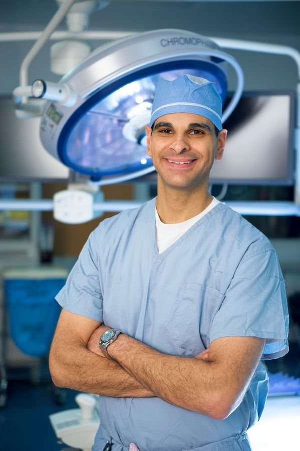 Dr. Mark Mikhael, orthopaedic surgeon with the NorthShore Orthopaedic Institute and the Illinois Bone & Joint Institute