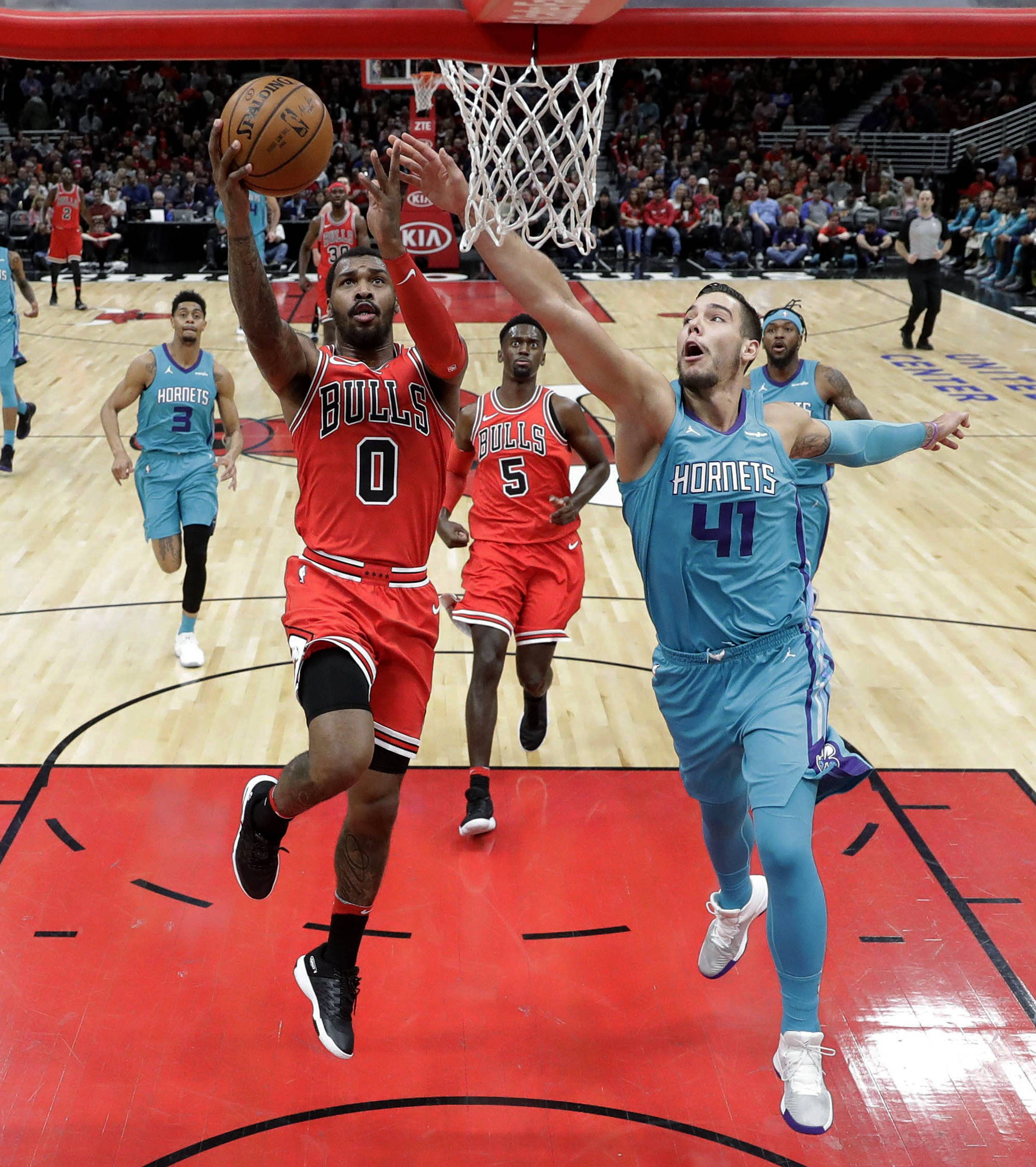 Chicago Bulls can't shut it off, beat Charlotte for third straight win