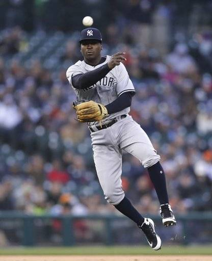 Hicks Homers Twice To Lead Yankees Over Tigers 8-6