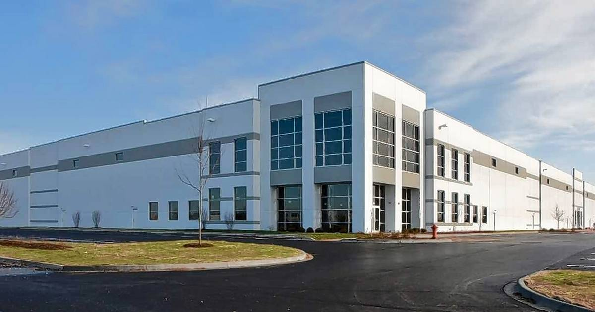 Irvine Auto Center >> iHerb to open first Illinois distribution center in Elgin