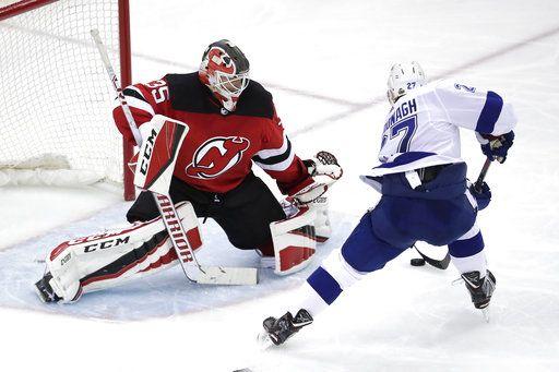 Devils goalie Cory Schneider makes the most of rare start