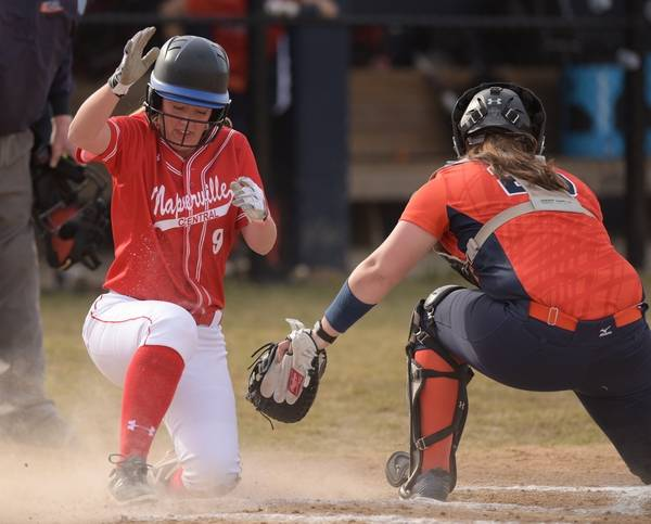Naperville Central S Claire Busch 9 Slides Safely Into Home Beating Out The Tag From