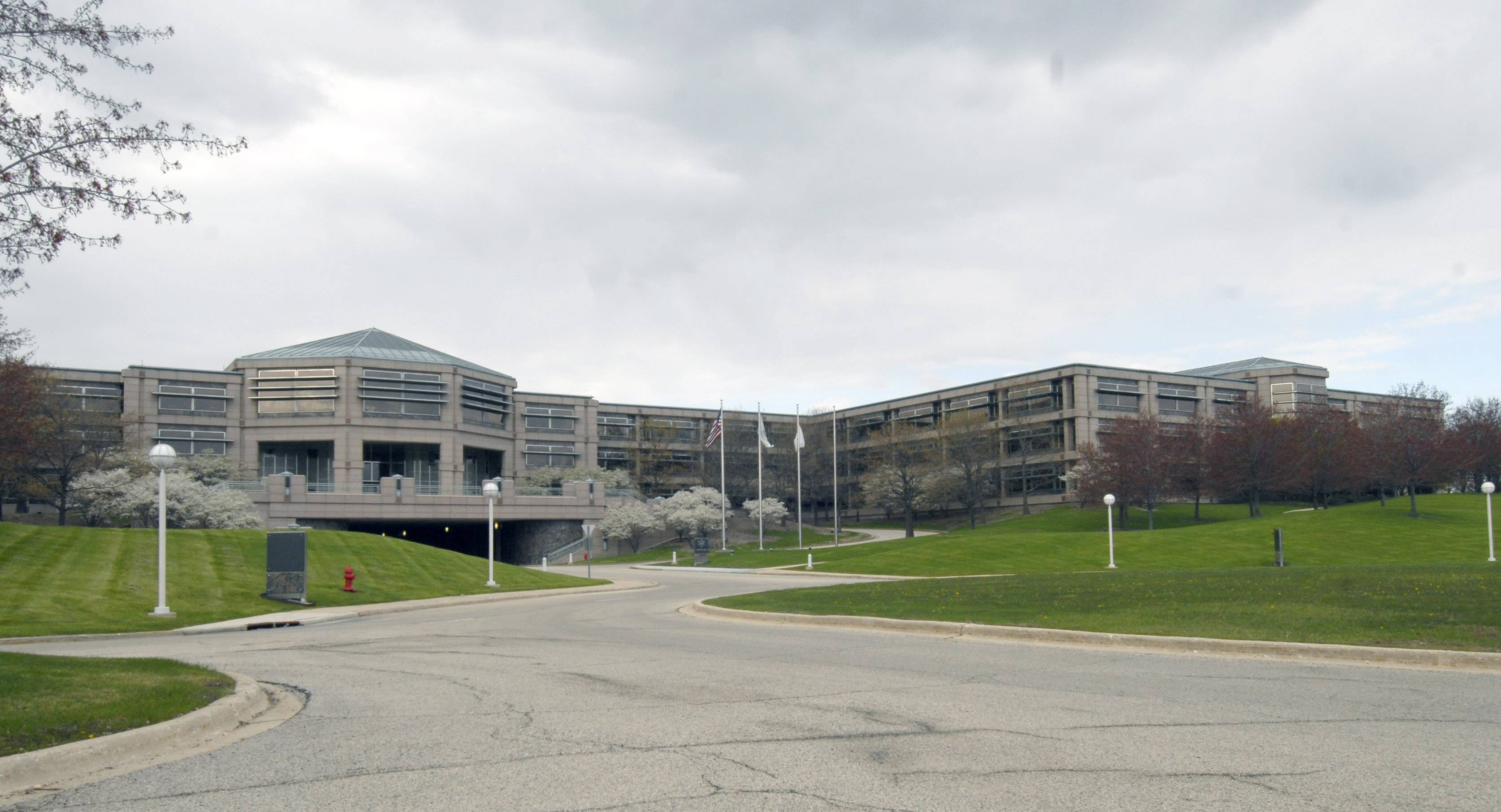 A New Jersey-based developer has filed a concept plan for the 1.6-million-square-foot AT&T campus in Hoffman Estates, based on work still in progress on the former 2-million-square-foot Bell Labs building in Holmdel, New Jersey.