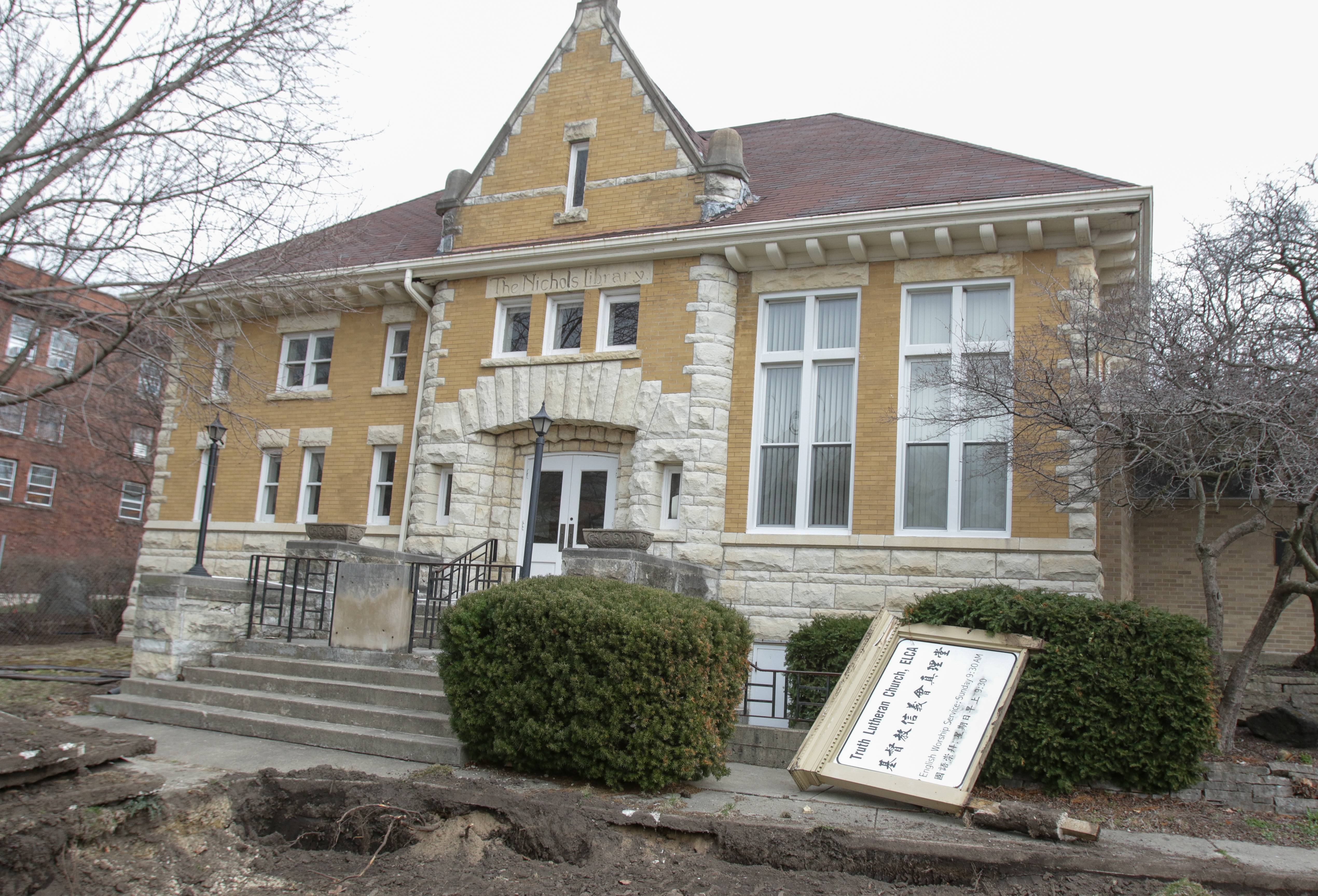 Old Nichols Library, Mill Race Inn, Waldorf Tabernacle on endangered list