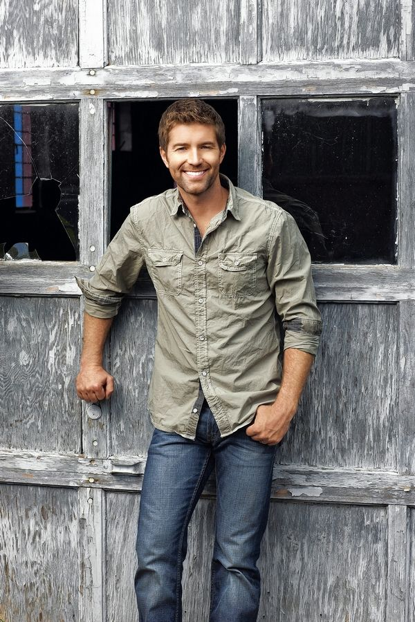 Country rocker Josh Turner plays Friday, May 11, at the Arcada Theatre in St. Charles.