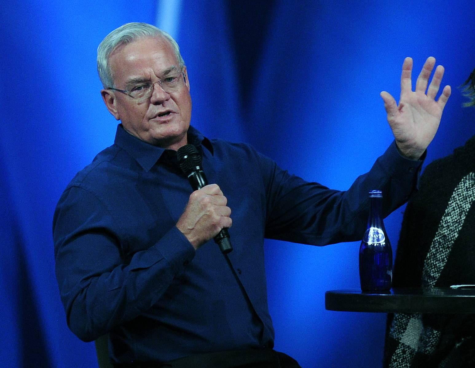 Bill Hybels on March 23 pleads his case to his congregation about the misconduct allegations involving women at Willow Creek Community Church.
