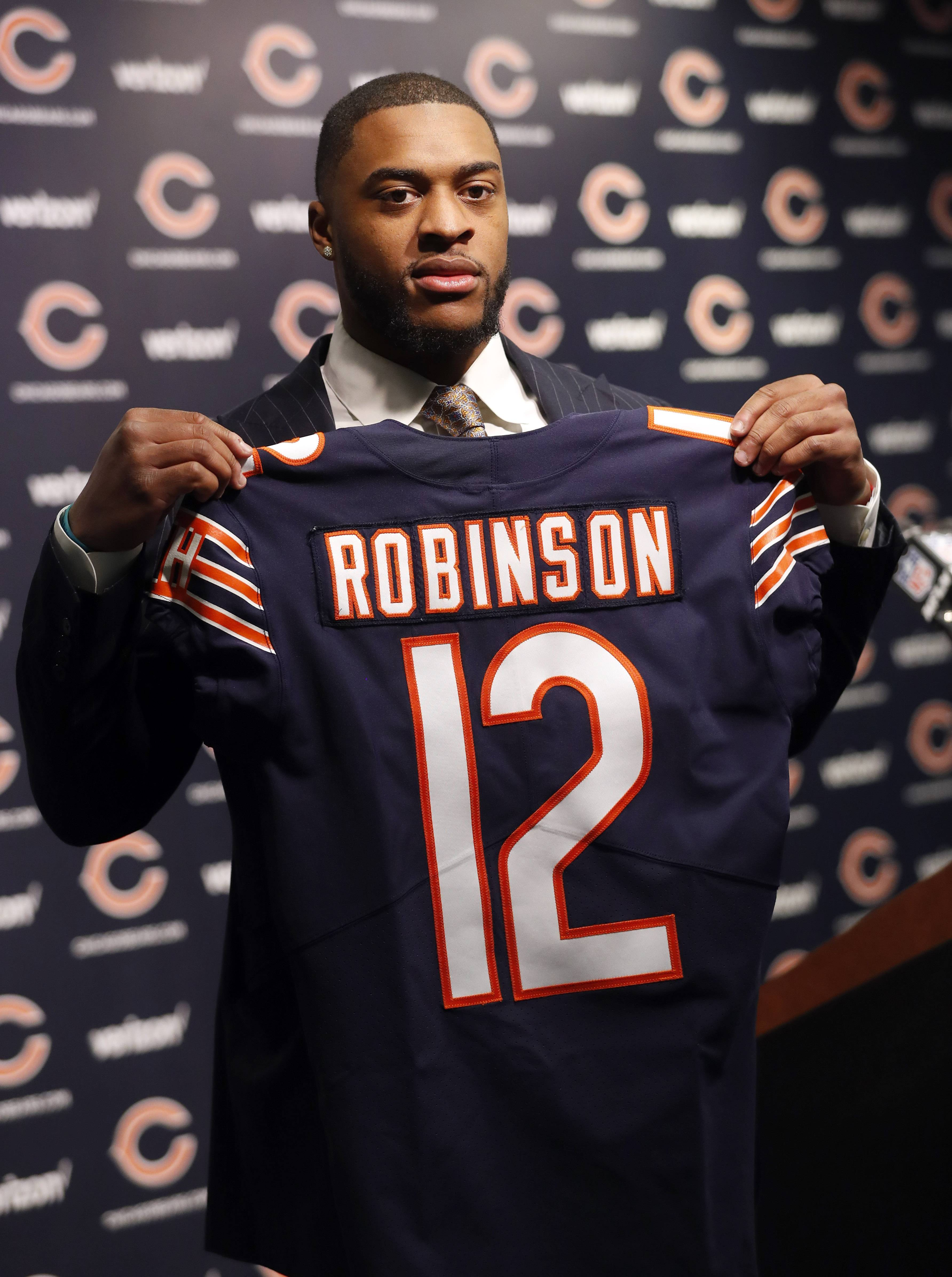 Health of Long, Robinson key for Chicago Bears offense