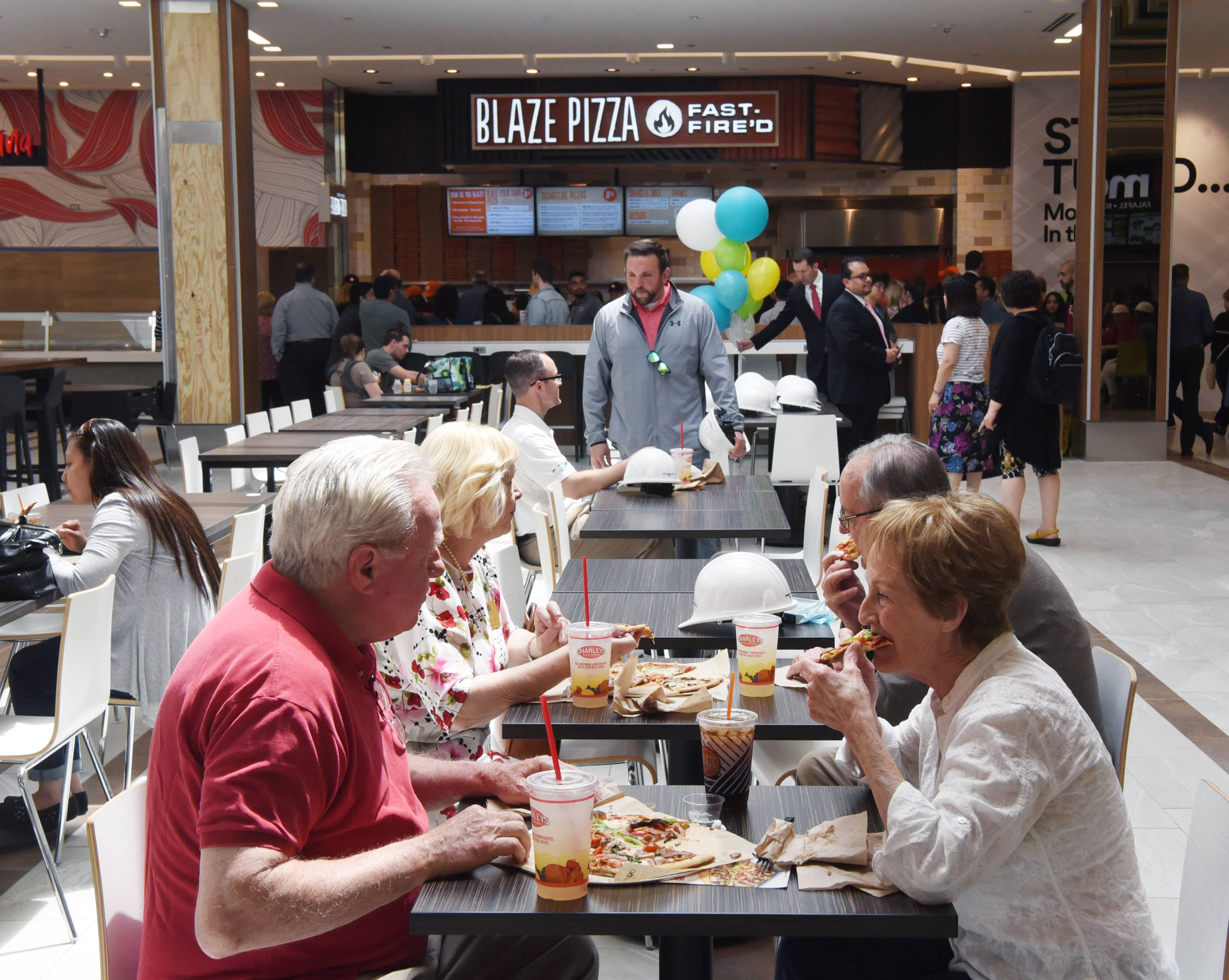 'Wonderful oasis': Dining pavilion opens in Woodfield Mall