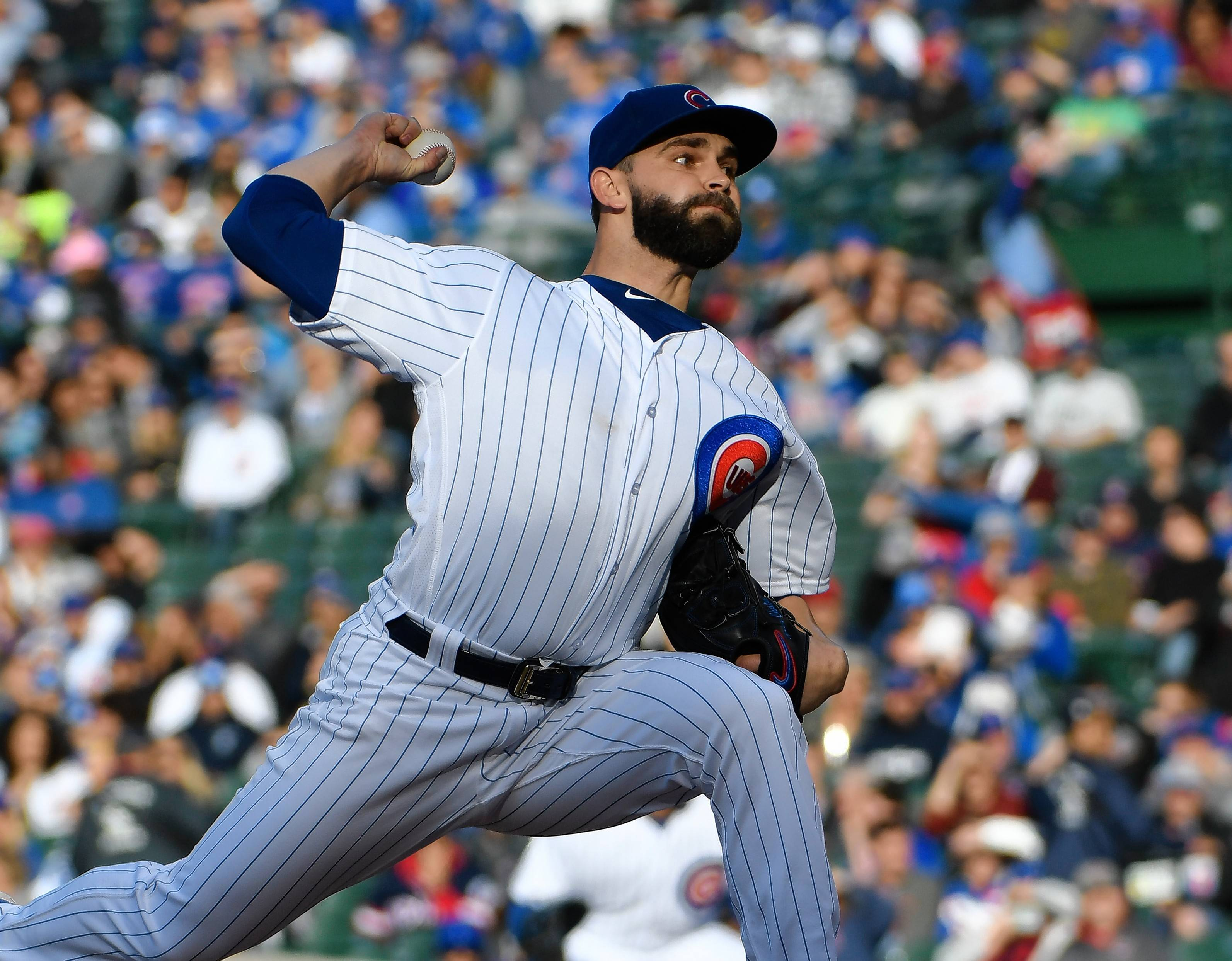 Chicago Cubs starting pitcher Tyler Chatwood (21) throws the ball against the Cleveland Indians during the first inning of an interleague baseball game, Tuesday, May 22, 2018, in Chicago.
