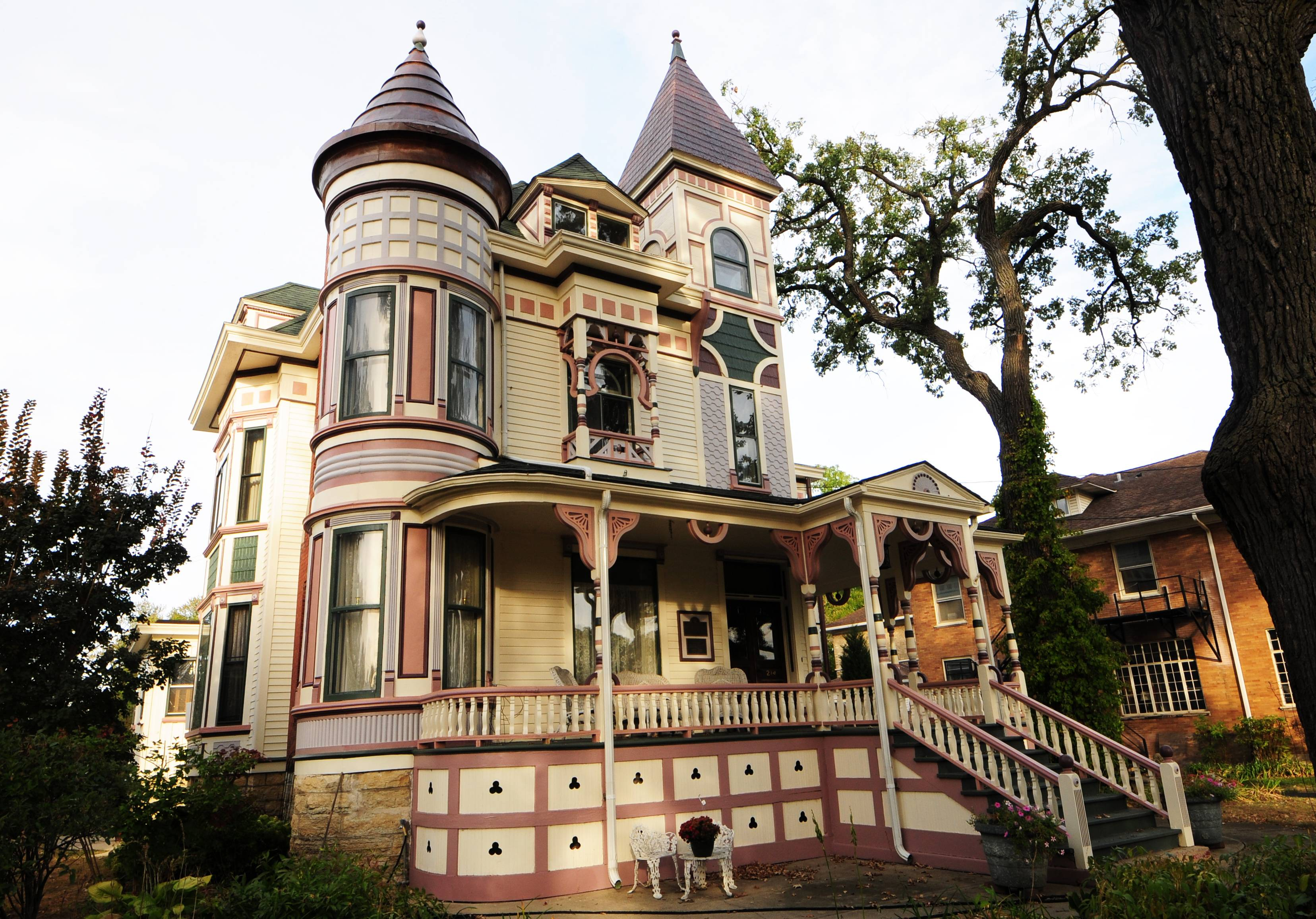 This Elgin home on South State Street is the grand prize winner of the CPCA 2017 Painted Ladies competition. Entries for the 2018 contest are now being accepted.