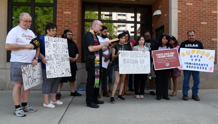 Immigration activists: ICE action is damaging the suburbs