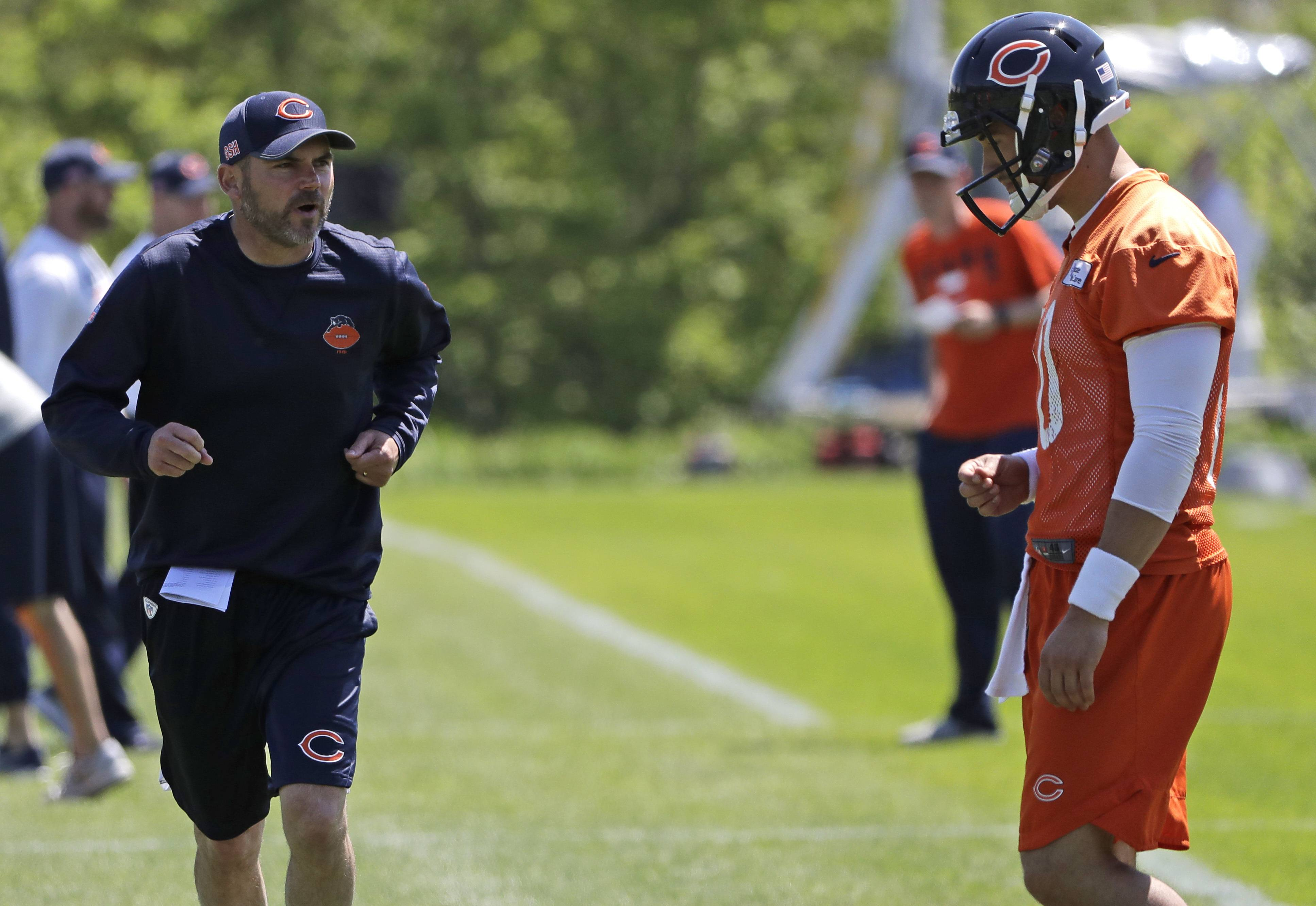 OC Mark Helfrich finding his way in Chicago Bears offense