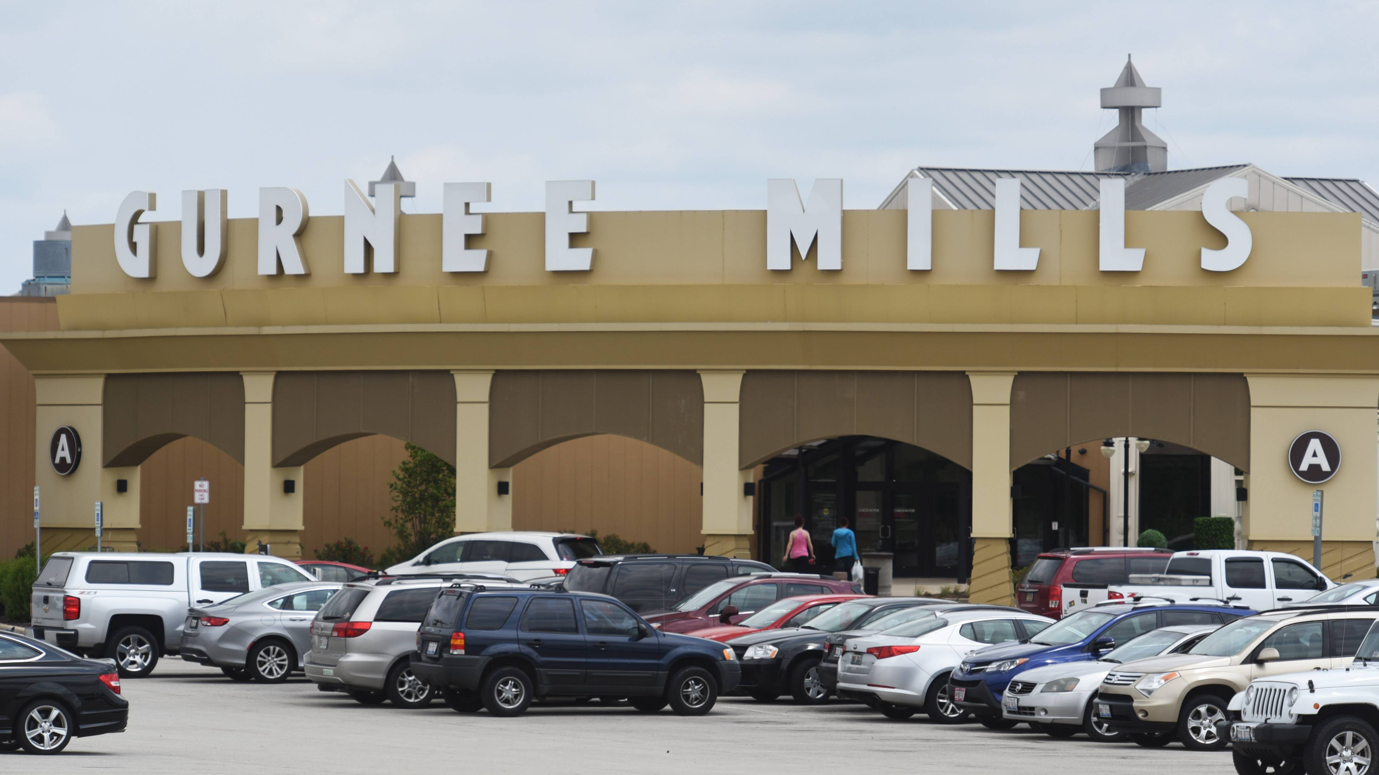 Gurnee Mills Announced Thursday That A New The RoomPlace Furniture Store  Will Open There This Summer