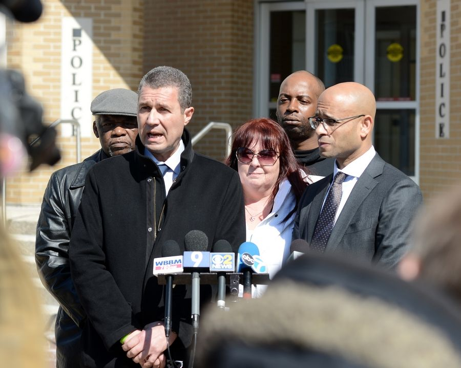 Attorneys: Lawsuit to be filed against Elgin cop over deadly