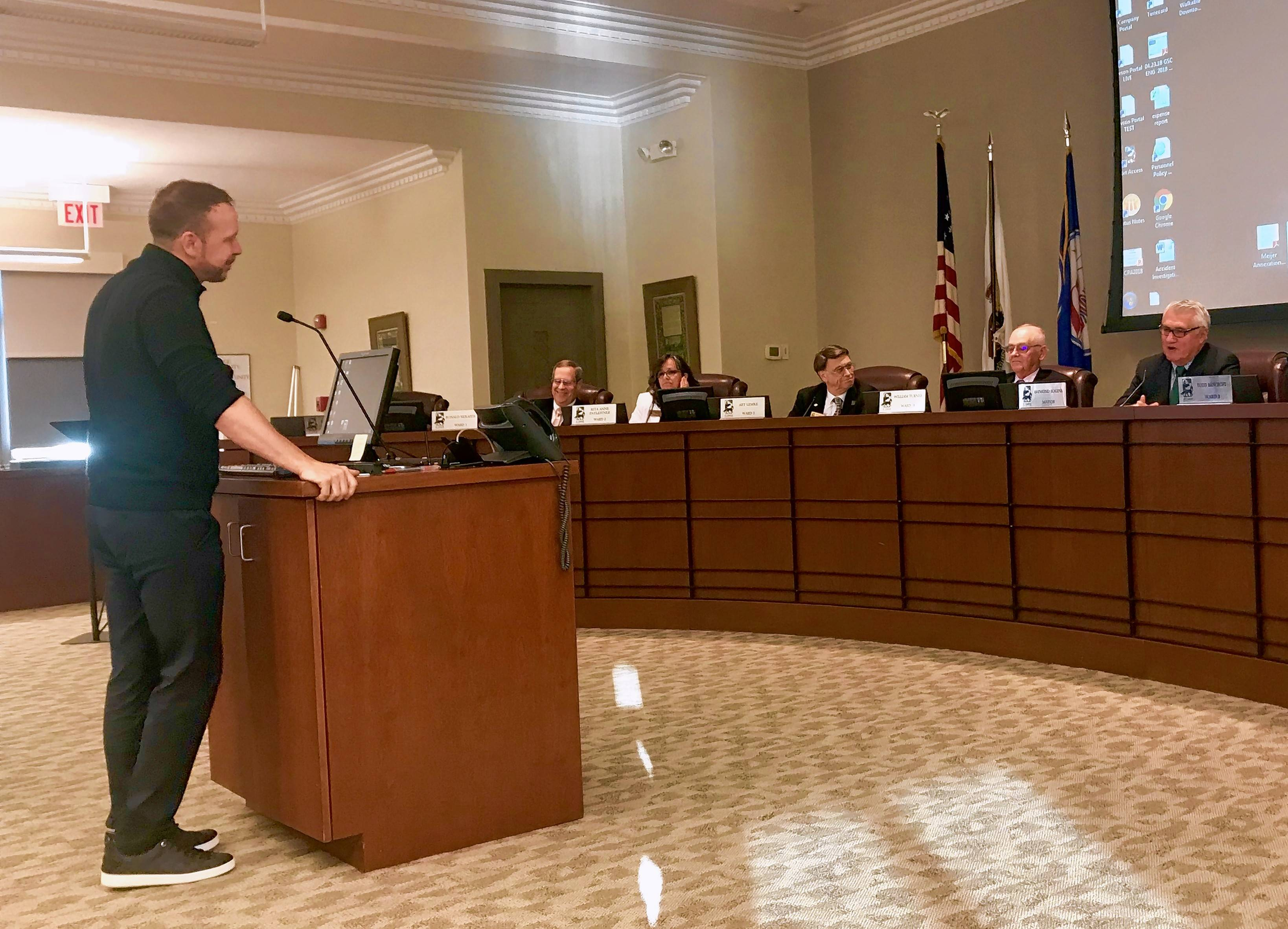 Actor and singer Donnie Wahlberg thanks the St. Charles city council Monday for approving plans for the newest Wahlburgers restaurant on the city's west side.