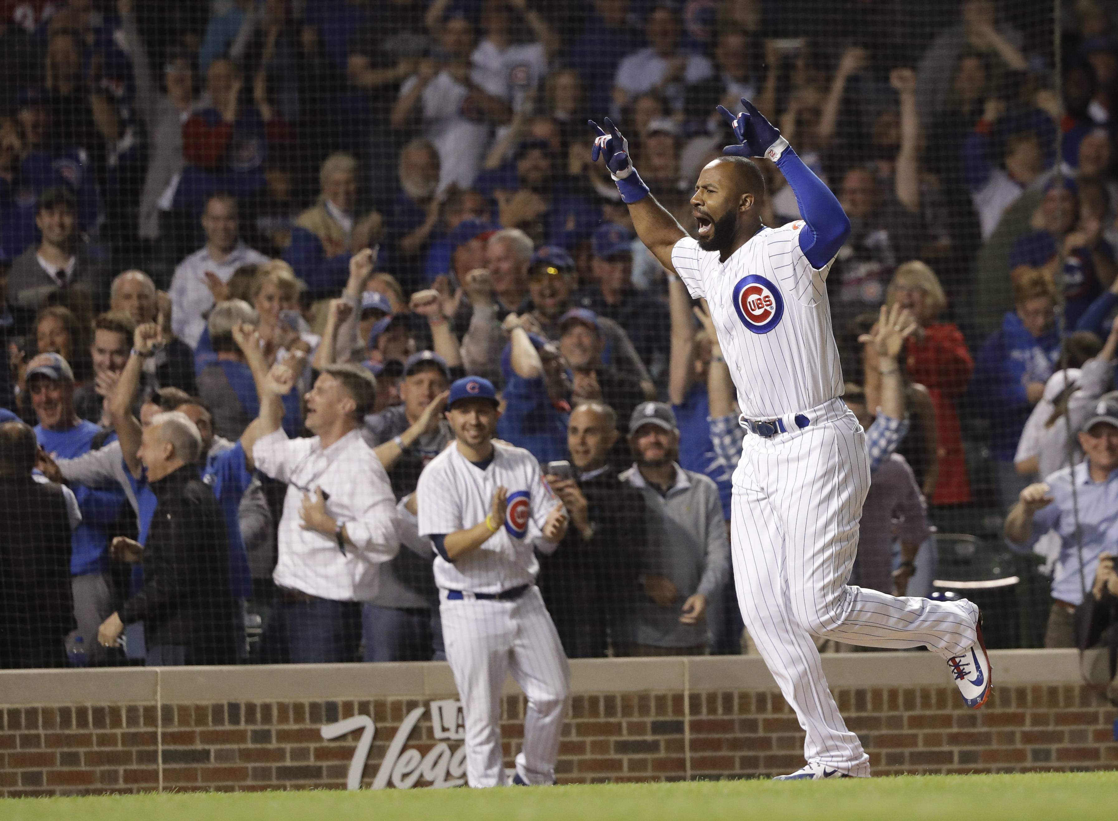 Heyward wins it for Chicago Cubs with grand slam