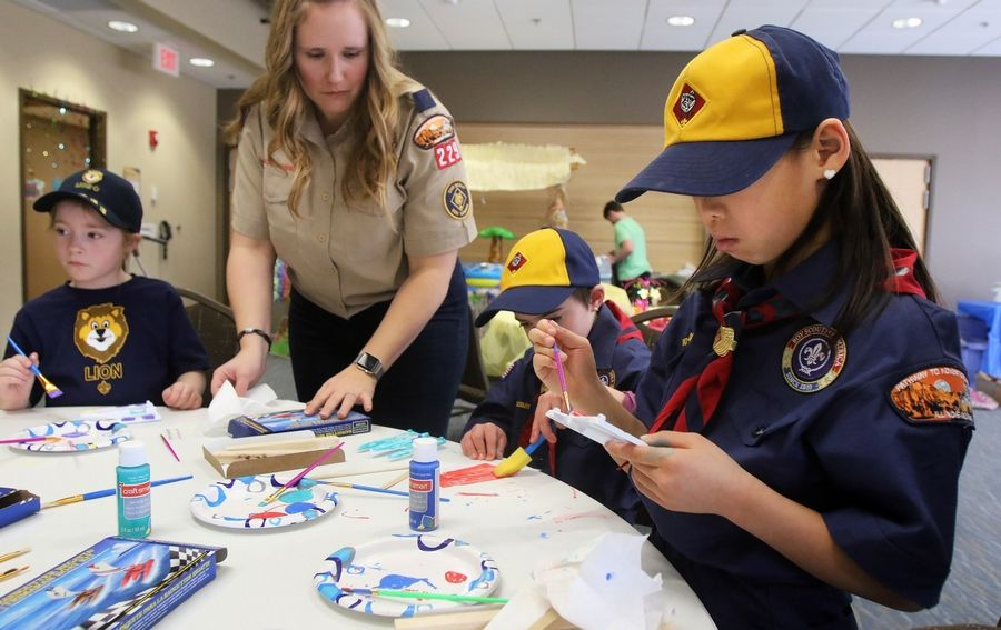 5 Barrington-area girls become some of the first female Cub