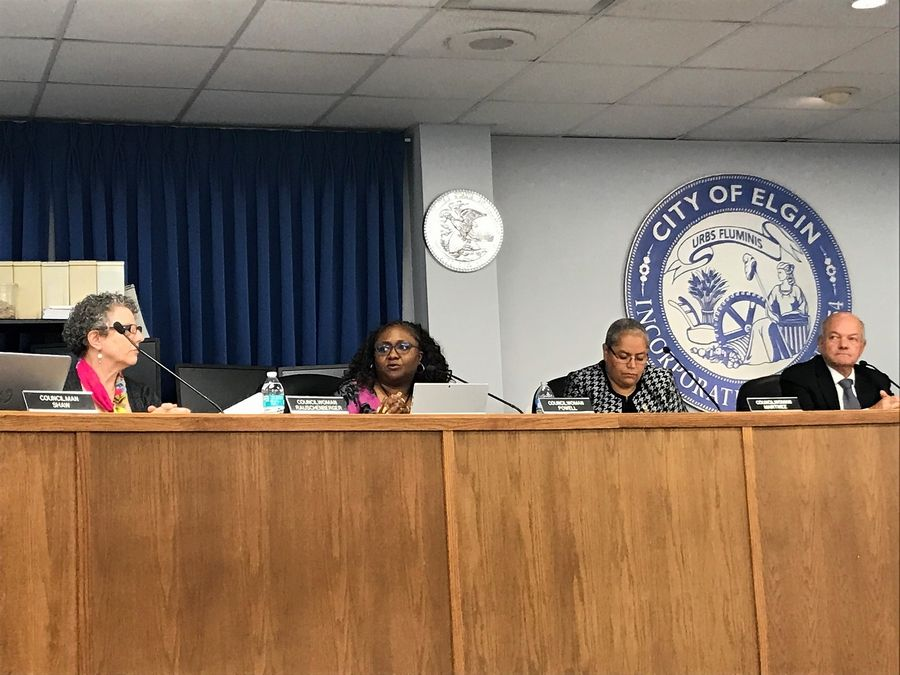 Elgin council publicly debates where to search for next