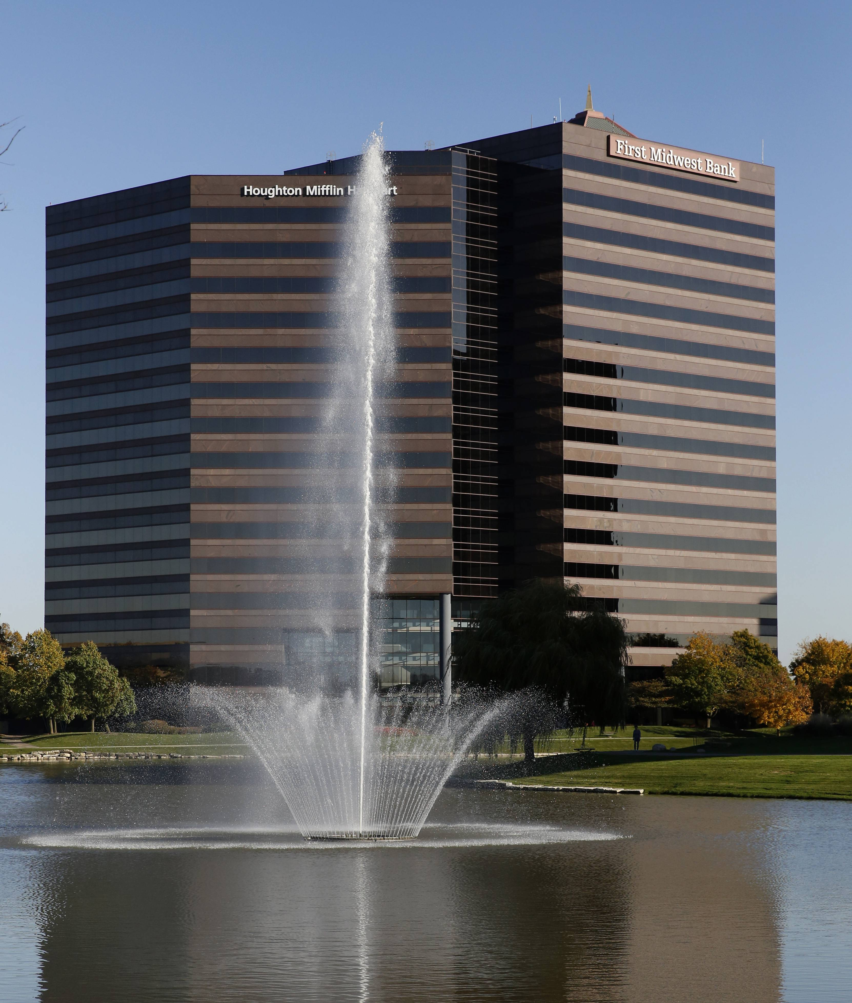 First Midwest Bank recently moved its headquarters from Itasca to Chicago's O'Hare corridor.