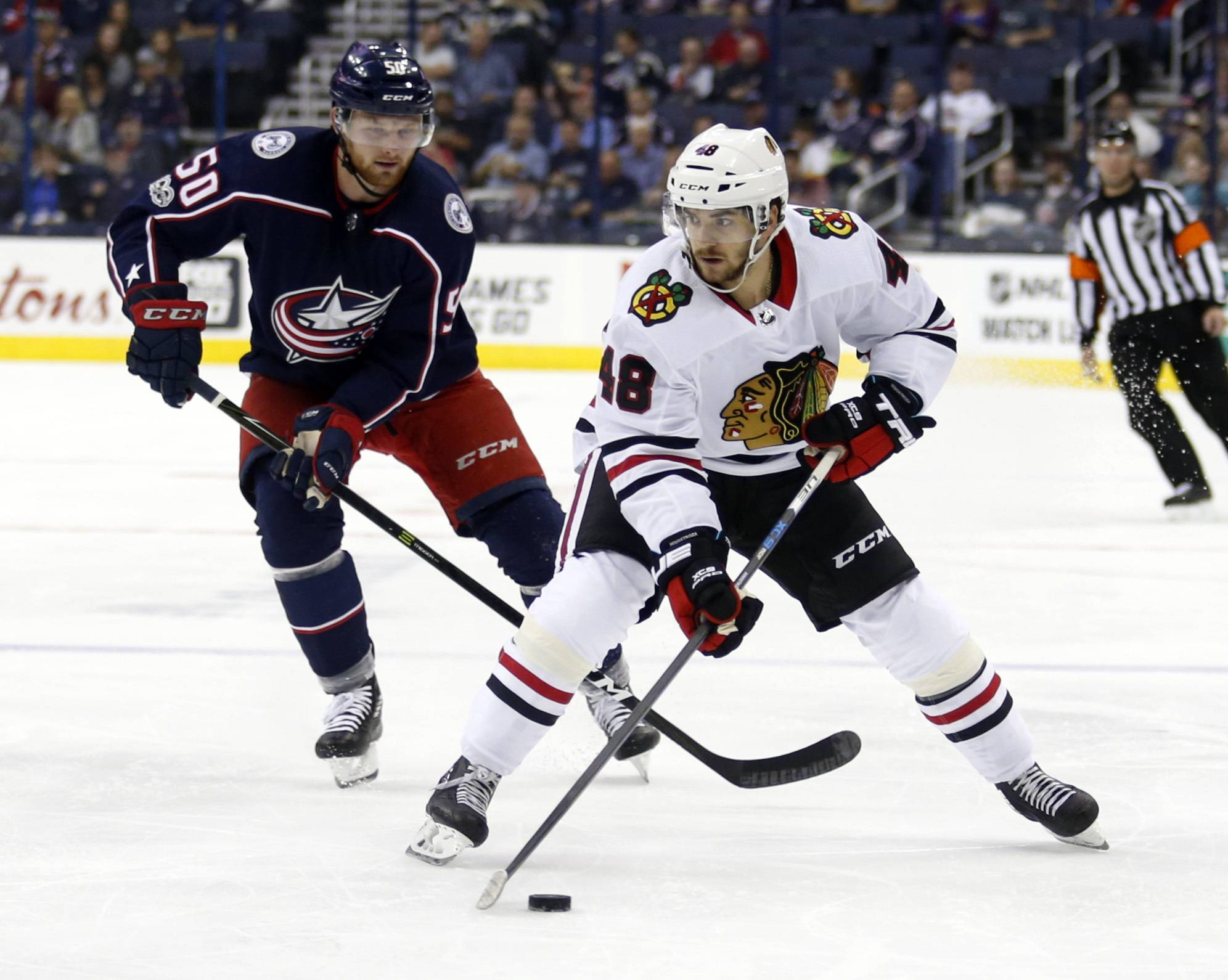 Forward Vinnie Hinostroza has agreed to a 2-year contract extension with the Chicago Blackhawks. Hinostroza collected 25 points in 50 NHL games last season.