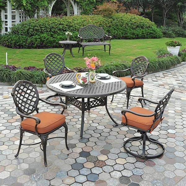Homeowners With Outdoor Spaces Often Choose Groupings For Long  Conversations And Lots Of Relaxation.
