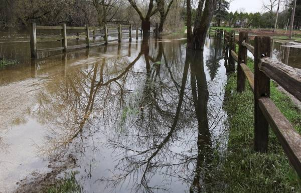 Gurnee raises alarm on 10b foxconn plan in wisconsin if the proper stormwater management policies arent enforced on the 10 billion foxconn project solutioingenieria Image collections