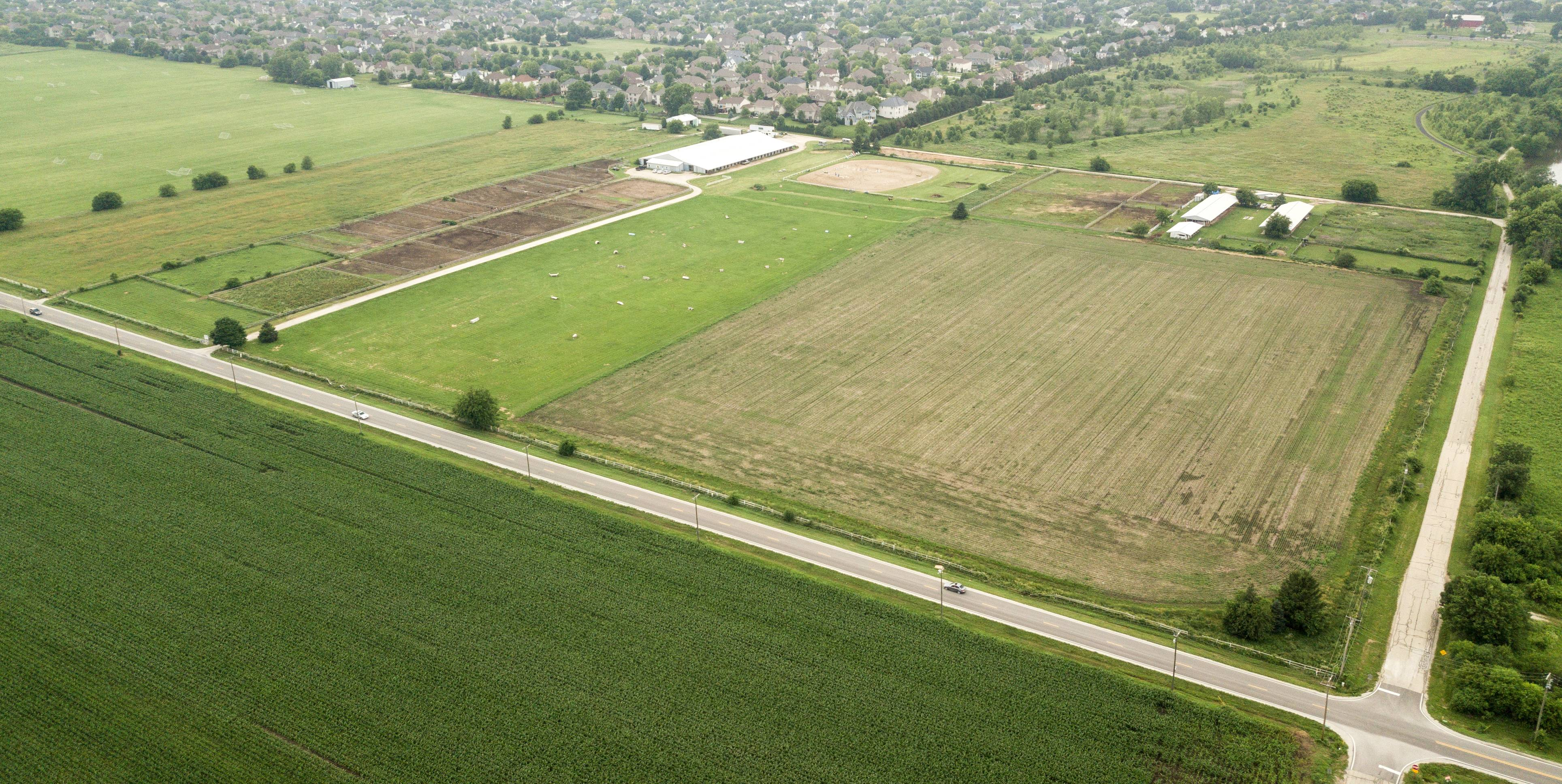 A 110-acre parcel in unincorporated Will County containing a horse farm and soccer fields is the site of a proposed subdivision that raised concerns from 25 nearby residents during a planning and zoning commission meeting Wednesday in Naperville.