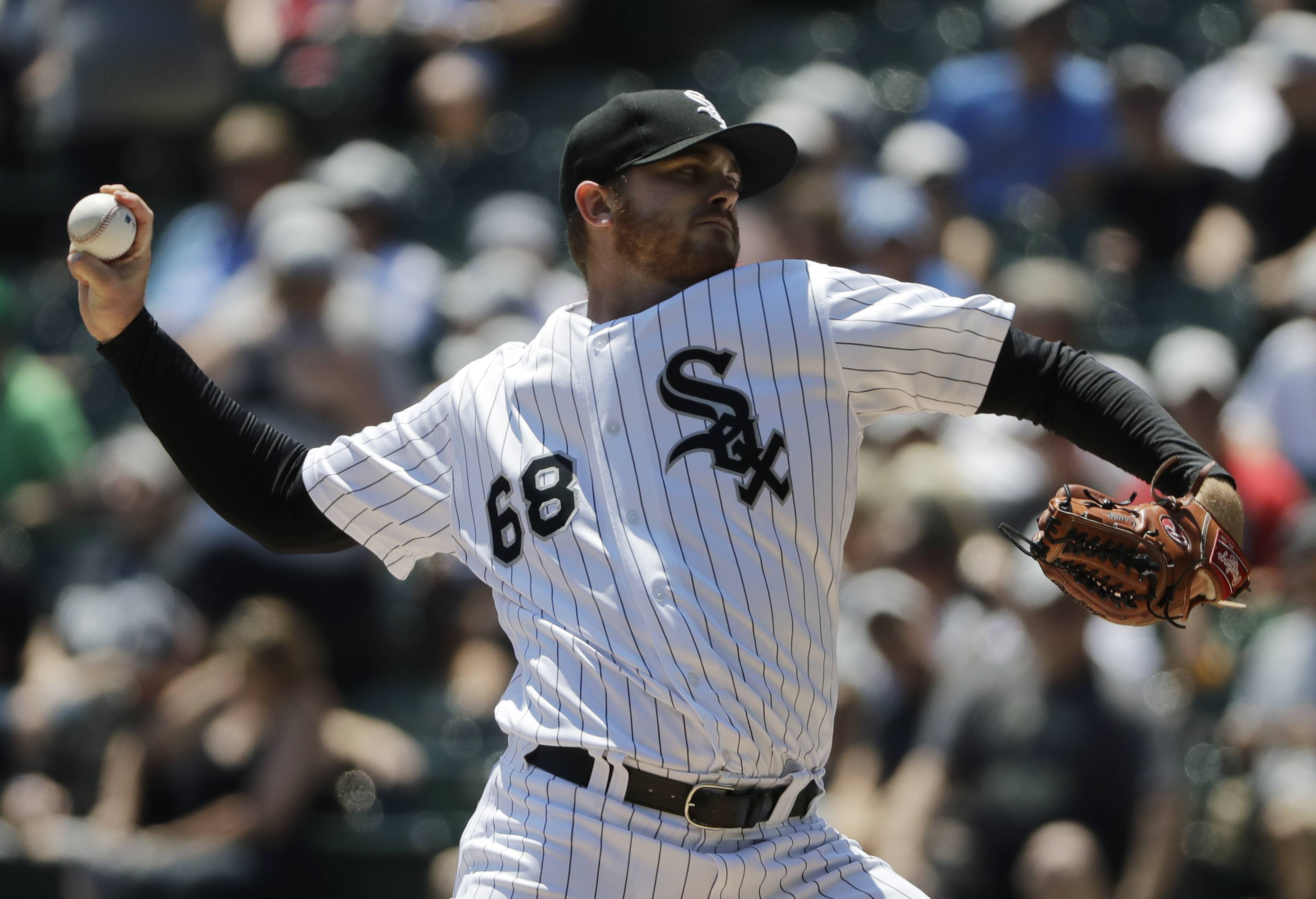 The Chicago White Sox took a 5-0 lead in the first inning but lost 7-6 to the Oakland A's at Guaranteed Rate Field Saturday. Sox starter Dylan Covey left the game in the fifth with right hip soreness.