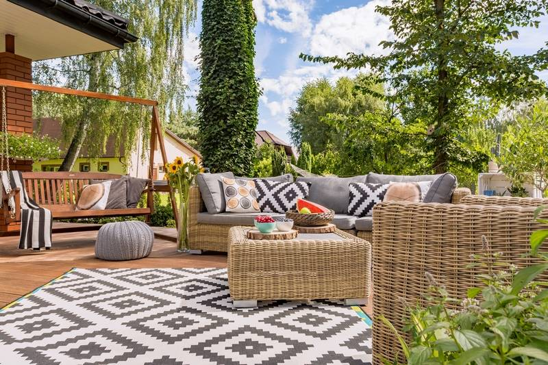 What you need to make your outdoor area feel like a living room