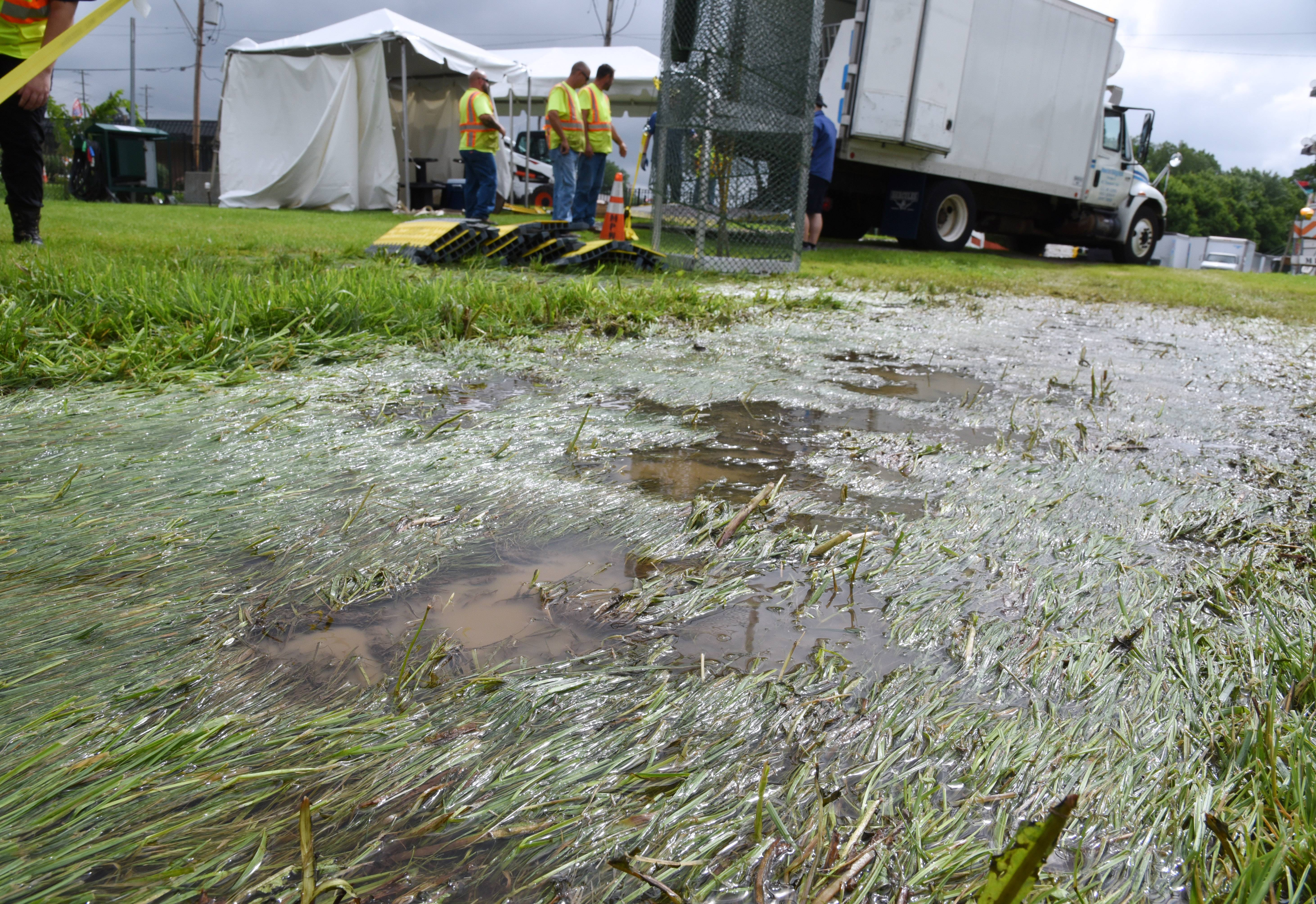 Overnight rain left the grounds of the Mundelein Community Days along Seymour Avenue a bit soggy as crews set up Wednesday morning. Crews did see signs of it already drying up in time for Thursday's kickoff.