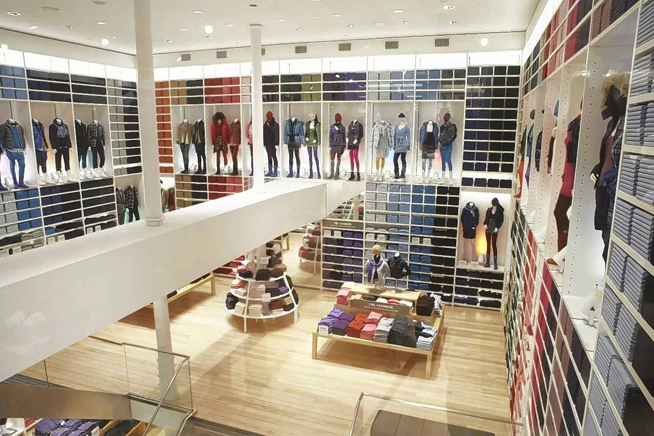 Uniqlo, which has a store in New York, is opening a store at Woodfield Mall in Schaumburg.